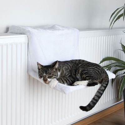 Trixie Deluxe Hanging Cat Bed - Imitation sheepskin - adjustable