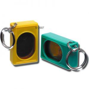 http://www.zooplus.it/-zap270890/shop/cani/giochi_sport/accessori_addestramento_cani/clicker_cani/67714