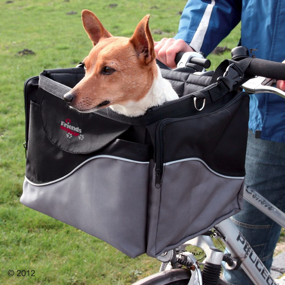 Make sure your dog doesn't miss out on fun trips with the Friends on Tour de Luxe Bike basket